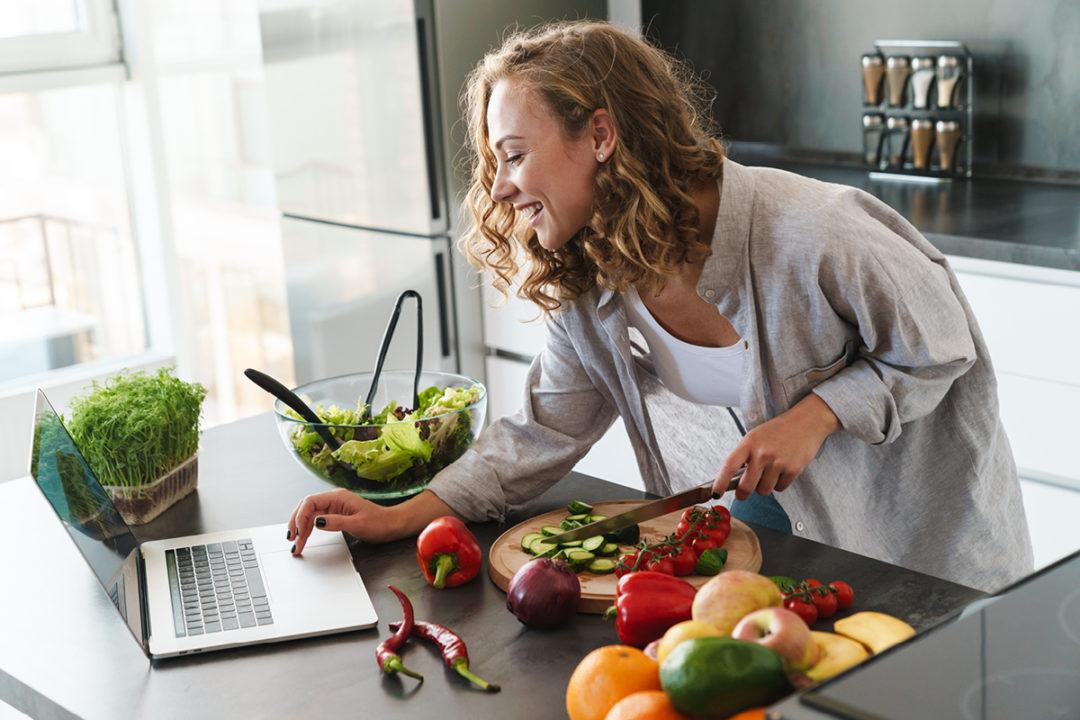 อาหารเป็นสิ่งที่สำคัญต่อร่างกาย